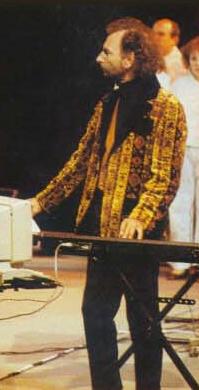 007_1989-trocadero_02