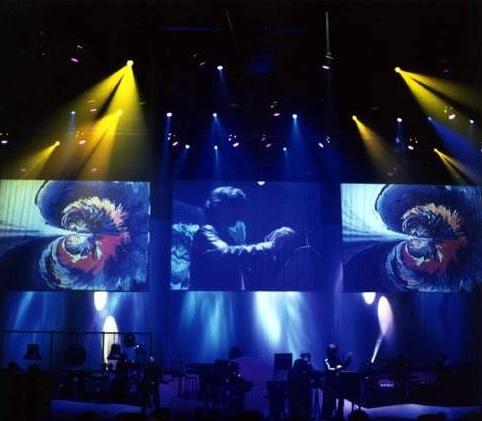 jean-michel-jarre-scene-02-oxygene-tour-1997